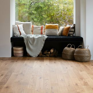 Natural French Nature Oak Engineered Flooring 11mm x 130mm Lacquered